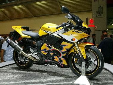 YZF-R6 - YAMAHA