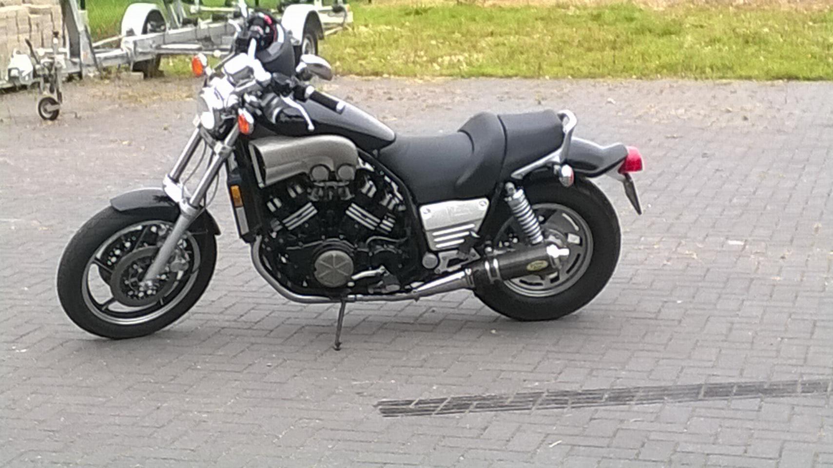 YAMAHA - V MAX 1200