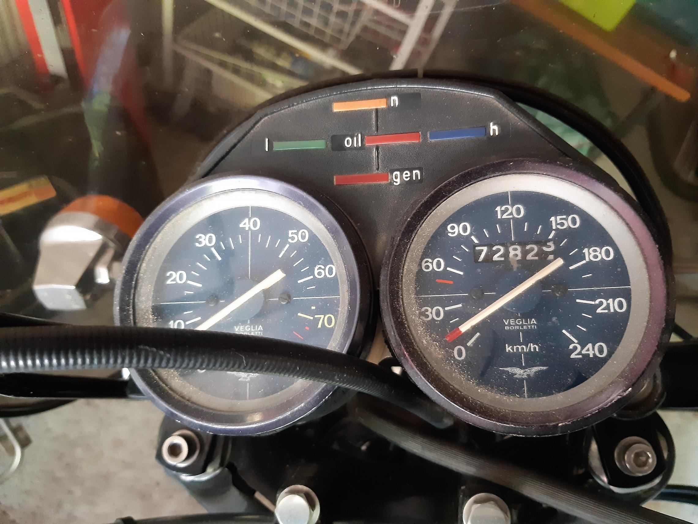 MOTO GUZZI - 850T3 Celifornia